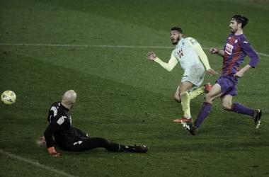 Imagen de Luis Suárez en el partido de ida frente al Eibar. Fuente página web del Granada CF