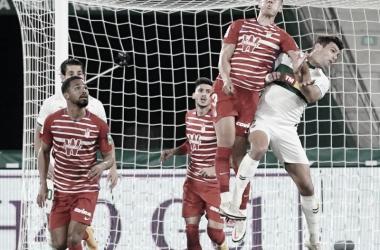 Imagen del partido de ida Elche-Granada. Fuente página web del Granada CF