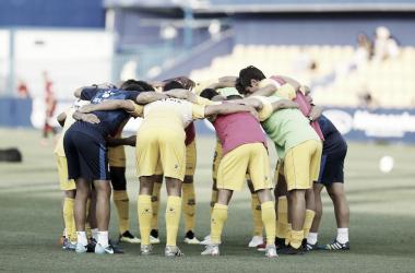 Conjura de los jugadores del Alcorcón. Foto: @adalcorcon