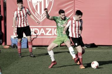 Lance entre Bilbao Athletic y Racing (fuente Real Racing Club)