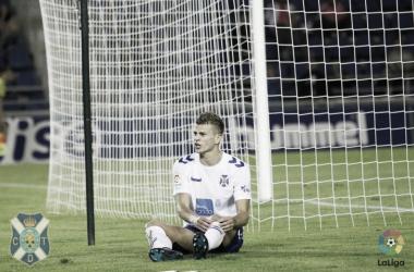 Samuele Longo y Alberto Jiménez cuajaron un gran partido. | Foto: Club Deportivo Tenerife.