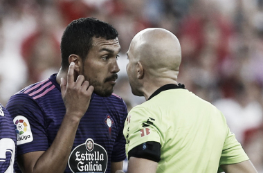 González Fuertes dirigiendo al Celta // FUENTE: Real Valladolid C.F.