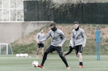 Rubén Alcaraz junto a Toni Villa en el entrenamiento // Foto: Real Valladolid