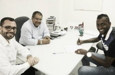 Em reformulação para 2015, Fluminense anuncia contratação do zagueiro João Filipe