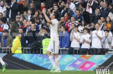 James se estrena en Liga en el Bernabéu