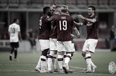 Milan goleia Bologna, amplia sequência positiva e sobe ao sexto lugar no Italiano