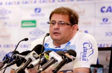 """Guto Ferreira lamenta oportunidades desperdiçadas: """"Tem quem faz e quem não faz"""""""