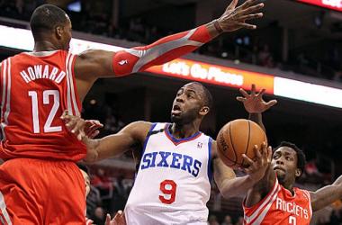 James Anderson se venga de Houston Rockets