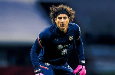Sin presión ante Clásicos seguidos, afirma Guillermo Ochoa
