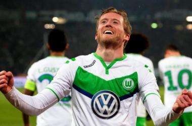 I Lupi azzannano i Bufali: tra Wolfsburg e Gent finisce 1-0
