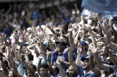 Torcida do Cruzeiro lotou o estádio mais uma vez, mas não quebrou o recorde (Foto: Cristiane Mattos/Light Press)