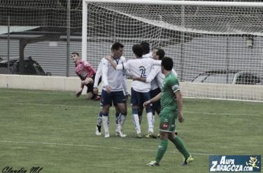 El filial maño celebra uno de sus goles al Cuarte (Foto: Claudia Moreno | Aúpa Zaragoza).