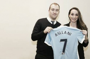The striker has completed a switch to England. | Photo: MCWFC