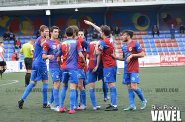 Fotos e imágenes del Langreo 3-0 Ceares, jornada del grupo segundo de Tercera división