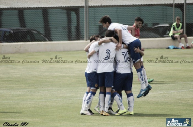 El filial celebra el primer gol ante el CD Choco (Foto: Claudia Moreno | Aúpa Zaragoza).