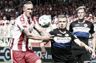 Union Berlin arranca empate diante do Arminia Bielefeld e ambos seguem invictos