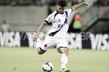 """Com futuro indefinido no Vasco, Dakson revela planos para 2015: """"Desejo fazer um grande ano"""""""