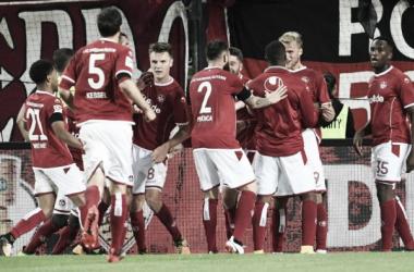 Kaiserslautern consegue primeira vitória na 2. Bundesliga ao bater Greuther Furth