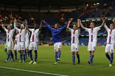 Basel surpreende e vira sobre o Chelsea no Stamford Bridge