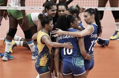 Brasil passeia em quadra e vence Camarões na estreia do vôlei feminino na Rio 2016