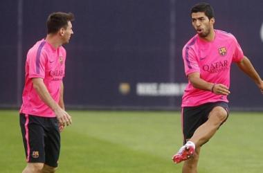 Luis Suàrez entrenando con el primer equipo del Barcelona. Foto: Marca