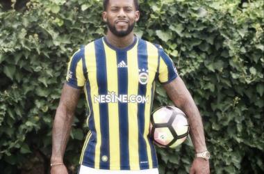 Jeremain Lens in his club colours for the season. (Photo: Fenerbahçe S.K.)