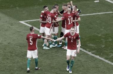Los húngaros celebrando el empate ante Francia tras el pitido final. | Foto: AFP