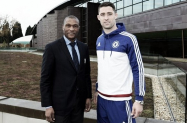 Gary Cahill signs new four-year contract with Blues