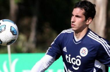 Goleiro paraguaio assina com o Vitória para o decorrer da temporada