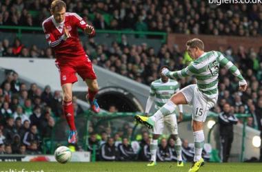 Celtic bate Aberdeen e se mantém na liderança isolada