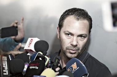 """Santiago Baños: """"Estamos ya en la búsqueda de un refuerzo importante"""""""