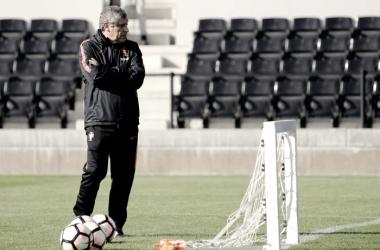 Fernando Santos poderá ser eleito o Melhor Treinador de 2016 // Foto: Facebook Seleções de Portugal