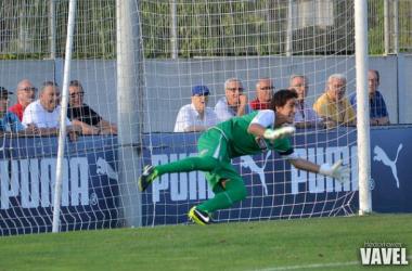 Edgar en el partido en la Ciudad Deportiva Dani Jarque. (Imagen: Héctor Farrés | VAVEL).