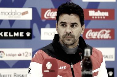 Míchel compareciendo en una rueda de prensa | Fotografía: La Liga