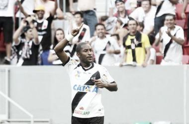 Autor do gol do Vasco contra o Atlético-GO, Edmílson desabafa e lamenta empate