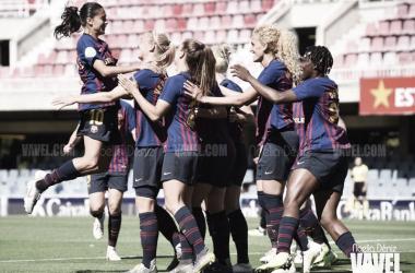 Las azulgranas celebrando un gol ante el Sevilla Fútbol Club en la jornada 29 de la Liga Iberdrola   Foto de Noelia Déniz, VAVEL