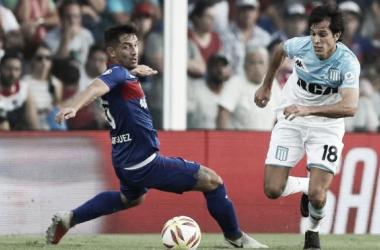 Los goleadores de la noche: Solari y Lucas Rodríguez (Foto: Infobae).