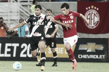 Vasco pode sofrer mudanças no time titular contra a Ponte Preta neste sábado