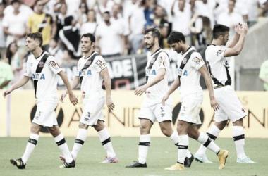 Na presença de quase 50 mil torcedores, Douglas marca de pênalti e dá a vitória ao Vasco