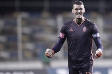 El Atlético ata al sustituto de Oblak ante la presumible salida de Adán