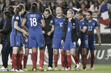 France players celebrate at the final whistle (Photo: French Football Federation)