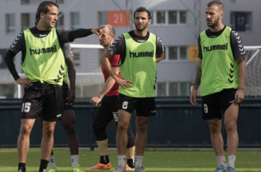 Francis y Migue, bajas seguras para el encuentro contra el Burgos CF