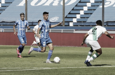 Ezequiel Bullaude ingresó en el segundo tiempo y dio frescura al Tomba, pero no alcanzó para evitar la derrota. Foto: Club Godoy Cruz.
