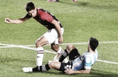 """En La Paternal, el """"bicho"""" se llevó los 3 puntos con gol de Lucas Villalba. Fuente: (La Capital)"""