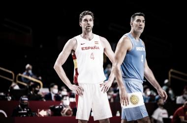 Gasol y Scola compitiendo como en los viejos tiempos. Leyendas. Foto: @FIBA