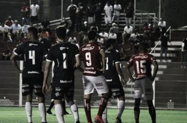 Vila Nova vence Remo com um a menos e defesas de Gerogemy