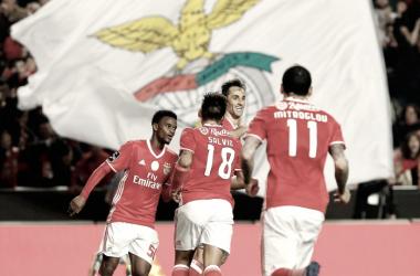 O Benfica recuperou a liderança da Liga NOS // Foto: Facebook do Sport Lisboa e Benfica