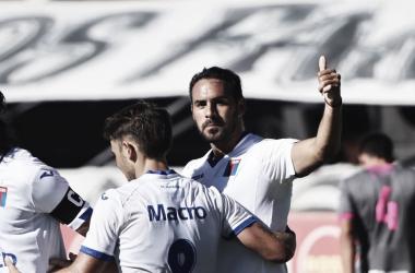 Enzo Díaz volviendo al gol. Foto: @catigreoficial