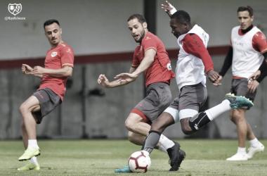 Jugadores en la sesión. Fotografía: Rayo Vallecano S.A.D