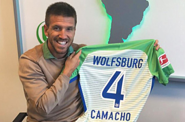 Camacho and Hinds latest to sign for Wolfsburg